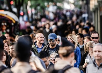keyrenter-crowded-city-sidewalk